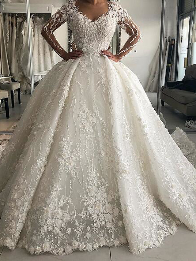 Ball Gown Wedding Dresses V Neck Sweep / Brush Train Lace Long Sleeve Country Plus Size with Lace Embroidery 2020