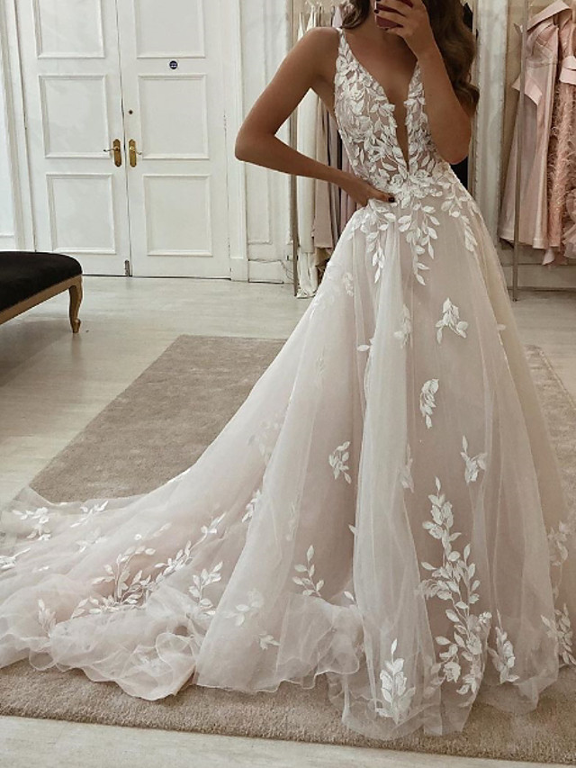 A-Line Wedding Dresses Plunging Neck Sweep / Brush Train Tulle Polyester Sleeveless Country Plus Size with Embroidery Appliques 2021