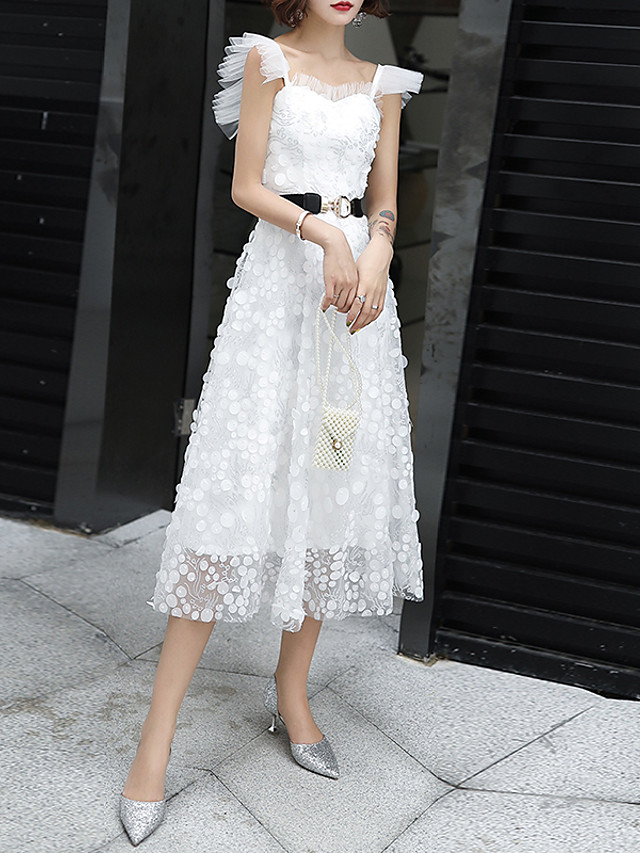 A-Line Flirty White Homecoming Cocktail Party Dress Sweetheart Neckline Sleeveless Tea Length Lace Tulle with Appliques 2020