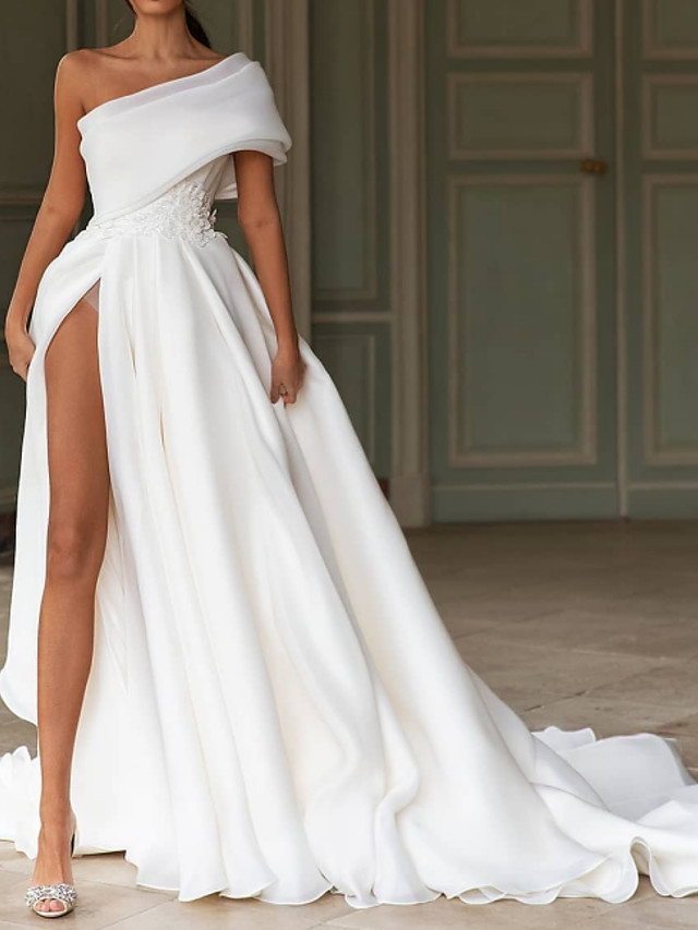 A-Line Wedding Dresses One Shoulder Sweep / Brush Train Chiffon Over Satin Short Sleeve Simple Modern with Split Front 2021