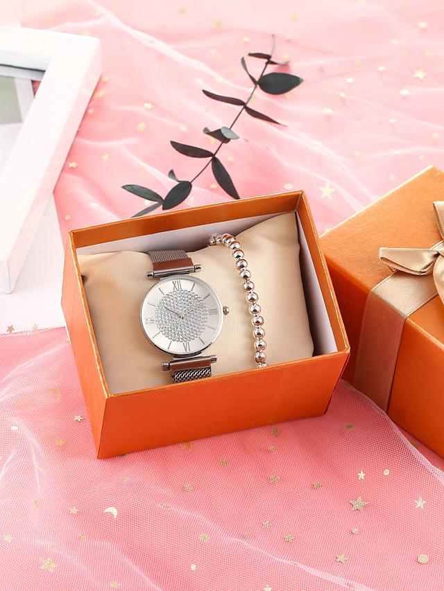 Women's Quartz Watches Quartz Glitter Classic Diamond Silver Analog - Silver / Chronograph