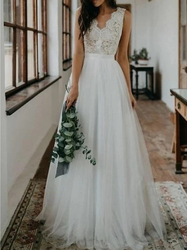 A-Line Wedding Dresses V Neck Sweep / Brush Train Lace Tulle Sleeveless Beach Boho Sexy with Embroidery 2020