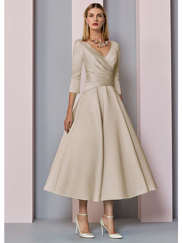 A-Line Mother of the Bride Dress Elegant Vintage Plus Size V Neck Tea Length Satin 3/4 Length Sleeve with Pleats 2020