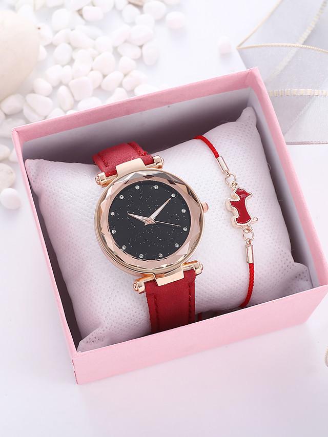 Women's Quartz Watches Quartz Vintage Style Classic Chronograph PU Leather Black / Red / Navy Analog - Black Red Midnight Blue