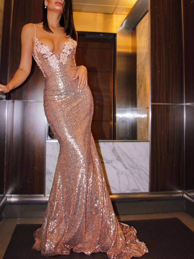 Mermaid / Trumpet Sexy Sparkle Engagement Formal Evening Dress V Neck Sleeveless Court Train Sequined with Sequin Appliques 2020