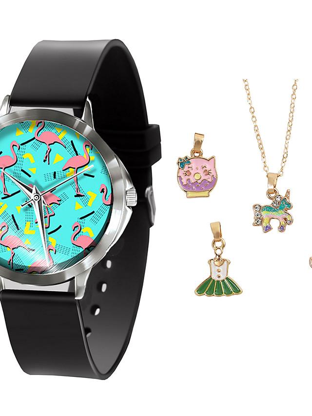 Women's Quartz Watches Quartz Modern Style Novelty New Arrival Chronograph PU Leather Black Analog - Black