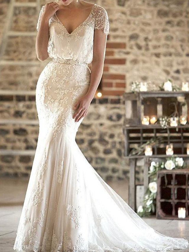 Mermaid / Trumpet Wedding Dresses V Neck Sweep / Brush Train Lace Short Sleeve Formal Sexy with Sashes / Ribbons Tassel Embroidery 2020