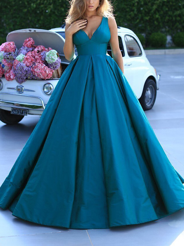 Ball Gown Elegant Minimalist Quinceanera Prom Dress V Neck Sleeveless Sweep / Brush Train Satin with Pleats 2020
