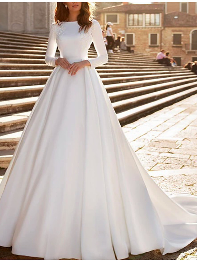 A-Line Wedding Dresses Jewel Neck Watteau Train Satin Long Sleeve Formal Vintage with Beading Appliques 2020