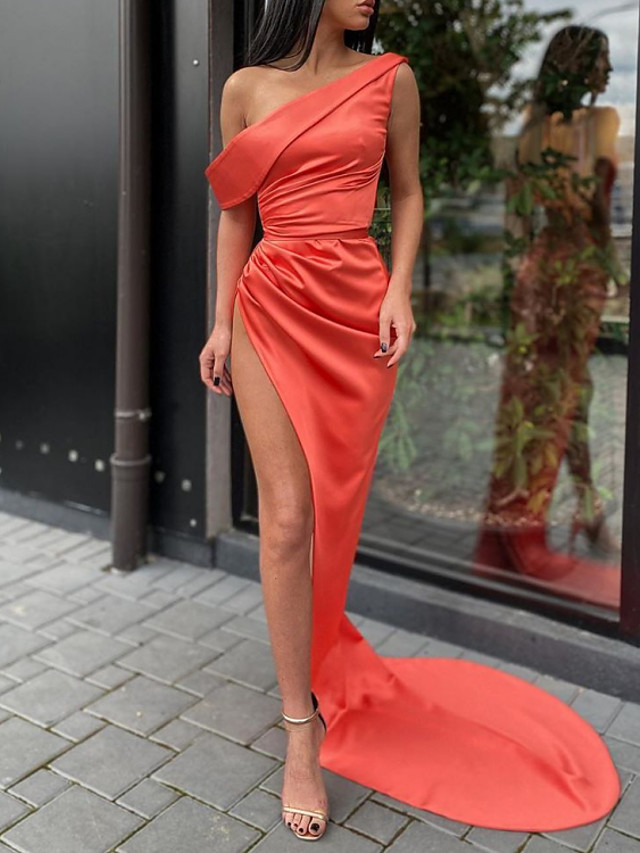 Sheath / Column Minimalist Sexy Engagement Formal Evening Dress One Shoulder Short Sleeve Court Train Charmeuse with Draping Split 2021