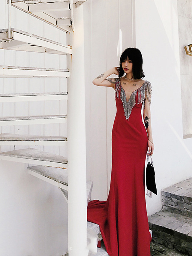 Mermaid / Trumpet Sparkle Sexy Engagement Formal Evening Dress V Neck Sleeveless Sweep / Brush Train Stretch Fabric with Crystals Tassel 2021