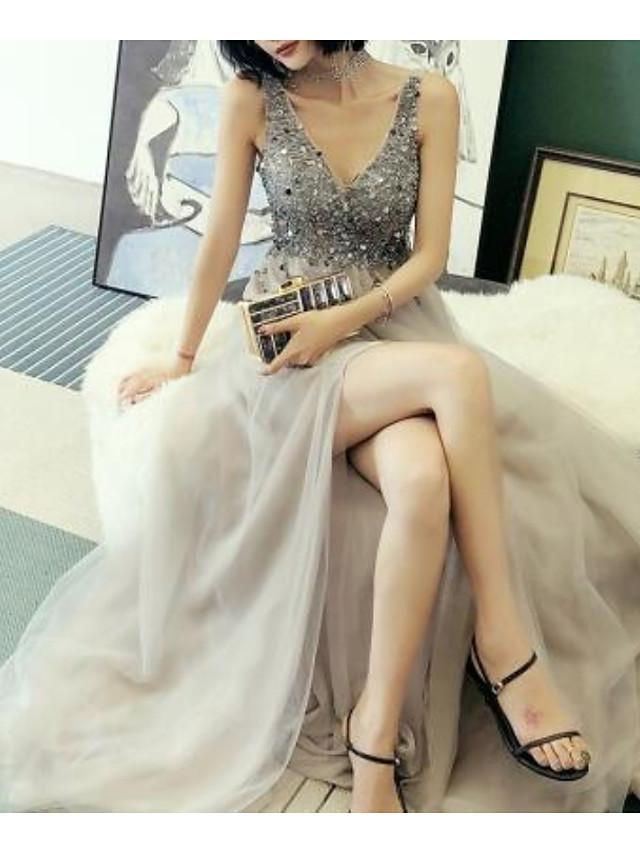 A-Linie luxuriös Glanz Verlobung Abiball Kleid V-Ausschnitt Ärmellos Bodenlanger Rock Tüll mit Perlenstickerei Geschlitzt 2021