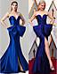 cheap Evening Dresses-Sheath / Column Elegant Furcal Formal Evening Black Tie Gala Dress Sweetheart Neckline Sleeveless Court Train Satin with Bow(s) 2020