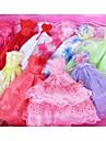 Dollklänning Klänningar För Barbie Ihålig Blommig Botanisk Spets Vit / Röd Satin / tyll Polyester / Bomull Blandning Klänning För Flicka Dockleksak