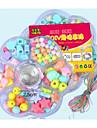 tecknade leksaker monterade pärlor