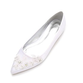 Women's Wedding Shoes Glitter Crystal Sequined Jeweled Flat Heel Pointed Toe Beading / Flower Satin Comfort / Ballerina Spring / Summer White / Ivory / Party