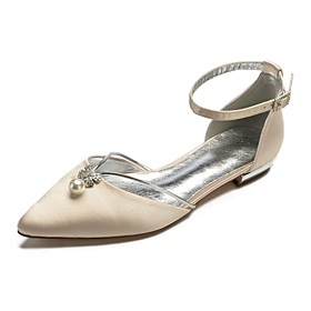 Women's Wedding Shoes Glitter Crystal Sequined Jeweled Plus Size Flat Heel Pointed Toe Basic Wedding Rhinestone Pearl Solid Colored Satin Summer White / Black