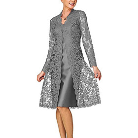 Two Piece Elegant Grey Wedding Guest Cocktail Party Dress Scoop Neck Long Sleeve Knee Length Lace Polyester with Lace Insert 2020
