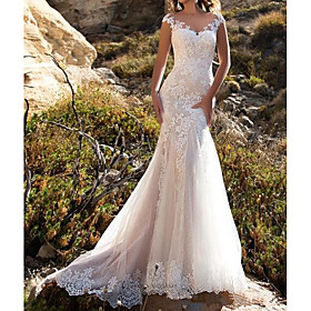 Mermaid / Trumpet Wedding Dresses V Neck Sweep / Brush Train Lace Cap Sleeve Mordern Illusion Detail with Buttons Lace Insert 2020