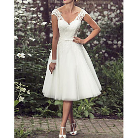A-Line Wedding Dresses V Neck Tea Length Lace Tulle Regular Straps Mordern Vintage Modern with Buttons Beading 2020