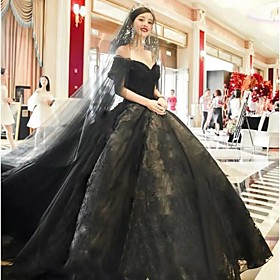 Ball Gown Wedding Dresses Off Shoulder Court Train Lace Tulle Short Sleeve Sexy Black Modern with Lace Appliques 2020