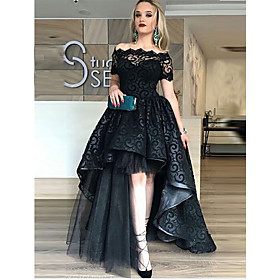 Ball Gown Celebrity Style Black Prom Formal Evening Dress Off Shoulder Short Sleeve Asymmetrical Lace Tulle with Tier Lace Insert 2020