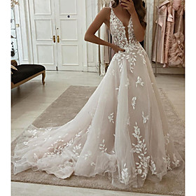 A-Line Wedding Dresses Plunging Neck Sweep / Brush Train Tulle Polyester Sleeveless Country Plus Size with Embroidery Appliques 2020