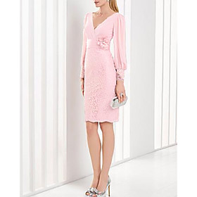Sheath / Column Cute Holiday Cocktail Party Dress Plunging Neck Long Sleeve Knee Length Chiffon Lace with Ruched Appliques 2020