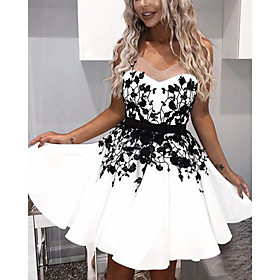 A-Line Flirty Floral Homecoming Cocktail Party Dress V Neck Sleeveless Short / Mini Satin with Appliques 2020