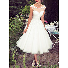 Ball Gown A-Line Wedding Dresses Jewel Neck Tea Length Lace Tulle Sleeveless Vintage 1950s with Embroidery Appliques 2020