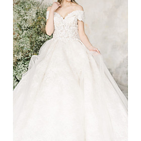 A-Line Wedding Dresses Off Shoulder V Neck Court Train Lace Tulle Short Sleeve Formal with Embroidery 2020