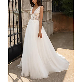 A-Line Wedding Dresses V Neck Sweep / Brush Train Lace Tulle Sleeveless Beach with Appliques 2020
