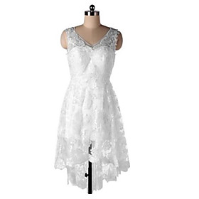 A-Line Wedding Dresses V Neck Short / Mini Lace Sleeveless Country Simple with Appliques 2020