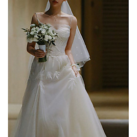 A-Line Wedding Dresses Spaghetti Strap Court Train Lace Tulle Sleeveless Country Elegant with Appliques 2020
