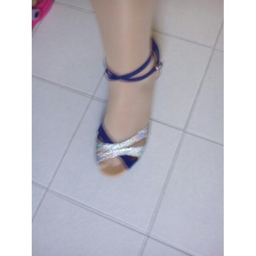Dámské Boty na latinskoamerické tance   Standardní Třpytky Sandály Přezky  Kačenka Na míru Taneční boty Stříbro ... d3501aa9a9
