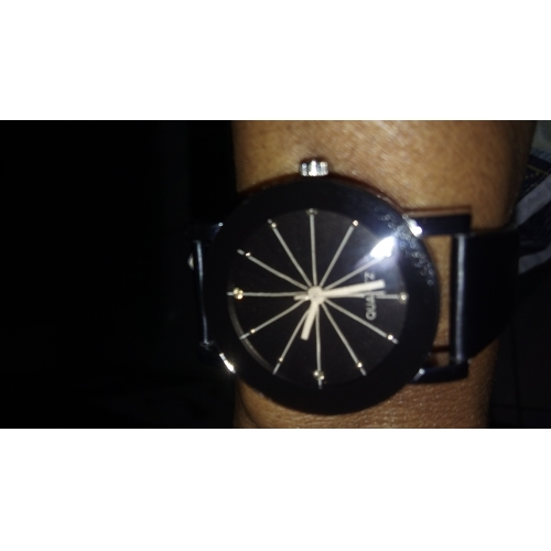 Pro páry Náramkové hodinky Křemenný Z umělé kůže Černá kreativita imitace  Diamond Analogové Módní - Černá 7a002fc0796