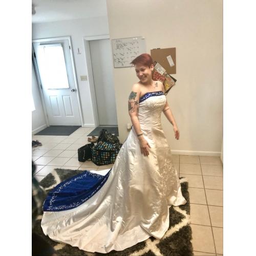 22ad35304340 Da ballo Senza bretelline Strascico da cattedrale Raso Abiti da sposa su  misura con Con applique ...