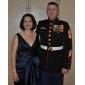 Trompetă / Sirenă Gât V Lungime Podea Satin Satin Stretch Seară Formală Bal Militar Rochie cu Cruce Ruching de TS Couture®
