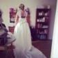 Haine Bal Regina Anne Trenă Capelă Dantelă Satin Rochie de mireasă cu Aplică Eșarfă / Panglică Arc Nasture de LAN TING BRIDE®